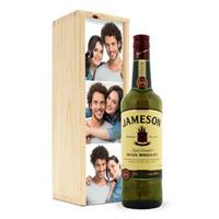 Whisky in bedrukte kist - Jameson