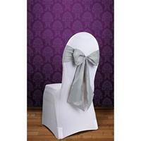 Bruiloft stoel decoratie zilveren strik