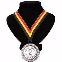 Kampioensmedaille nr. 2 aan geel/zwart/rood lint