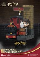 Beast Kingdom Toys Harry Potter D-Stage PVC Diorama Platform 9 3/4 Standard Version 15 cm