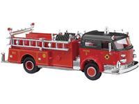 Busch 46018 H0 LaFrance pumper gesloten