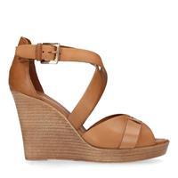 Sacha Bruine sandalen met sleehak - bruin