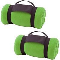 2x Fleece dekens/plaids groen afneembaar handvat 160 x 130 cm Groen