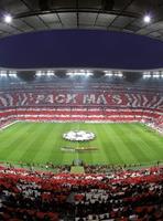 Wizard+Genius FC Bayern München Stadion Choreo Vlies Fotobehang 192x260cm 4-banen