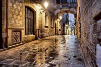Dimex Ancient street Vlies Fotobehang 375x250cm 5-banen