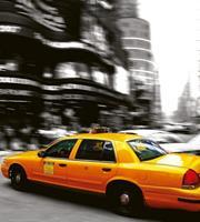 Dimex Taxi Vlies Fotobehang 225x250cm 3-banen